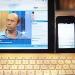 Mein Arbeitsplatz mit iPad zum Videoschauen, iPhone und Bluetooth-Tastatur zum Texten